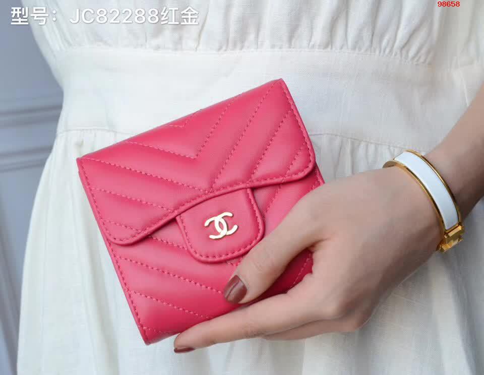 82288红金色香奈儿女士零钱包