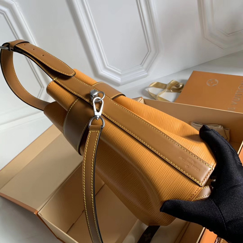 M52803 LV TWIST BUCKET 手袋 LV女包 Twist锁扣包 LV水桶包 黄色
