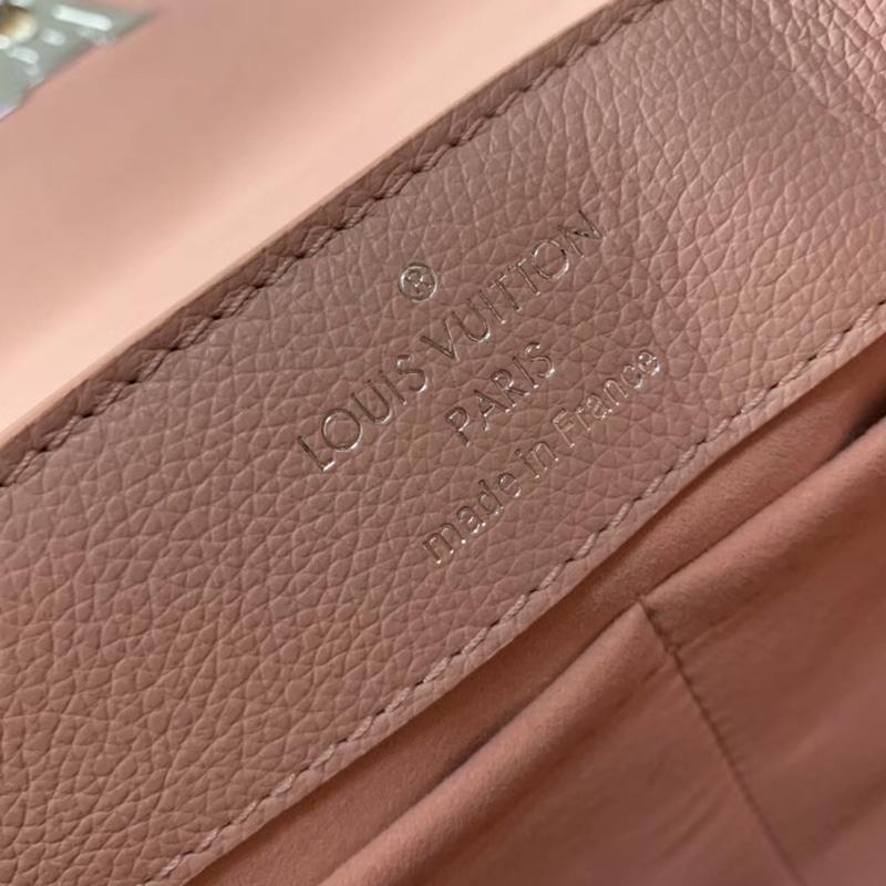 M52787 LV LOCKME EVER 手袋 LV女包 进口小牛皮材质 LV转锁翻盖包 粉色