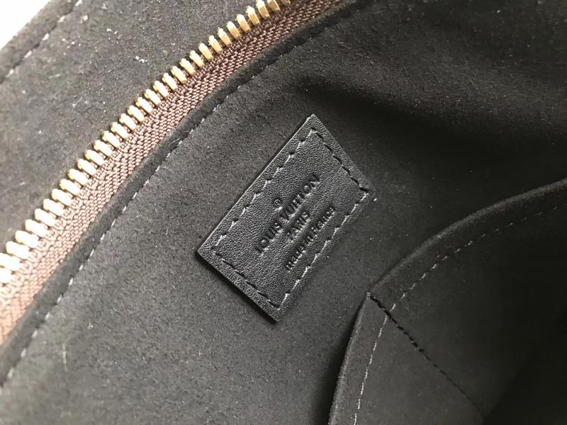M44347 LV Flower 中号拉链 Tote 手袋 LV女包 单肩手提包 黑色